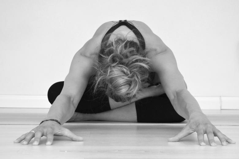 Candlelit Yin Yoga- 4 Week Course with Joanne