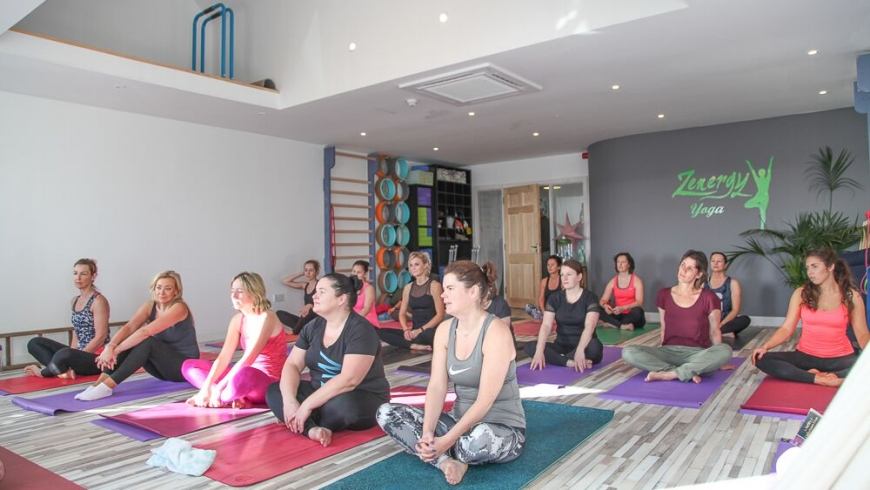 Beginners Vinyasa Yoga & Relaxation with Anne